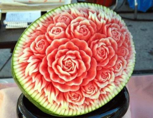 flor tallada en sandia
