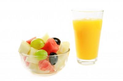 ensalada de frutas de zumo de naranja